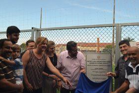 Secretaria de Esportes inaugura quadras em Brotas e Birigui
